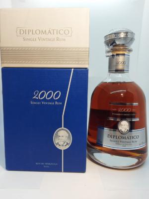 Diplomático Single Vintage 2000